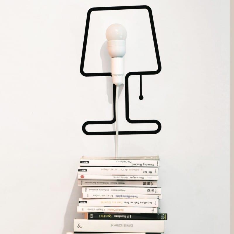 De Lampe Mural En Stylisée Un Adhésif Système Et Forme Tiny CxWQrdeoB